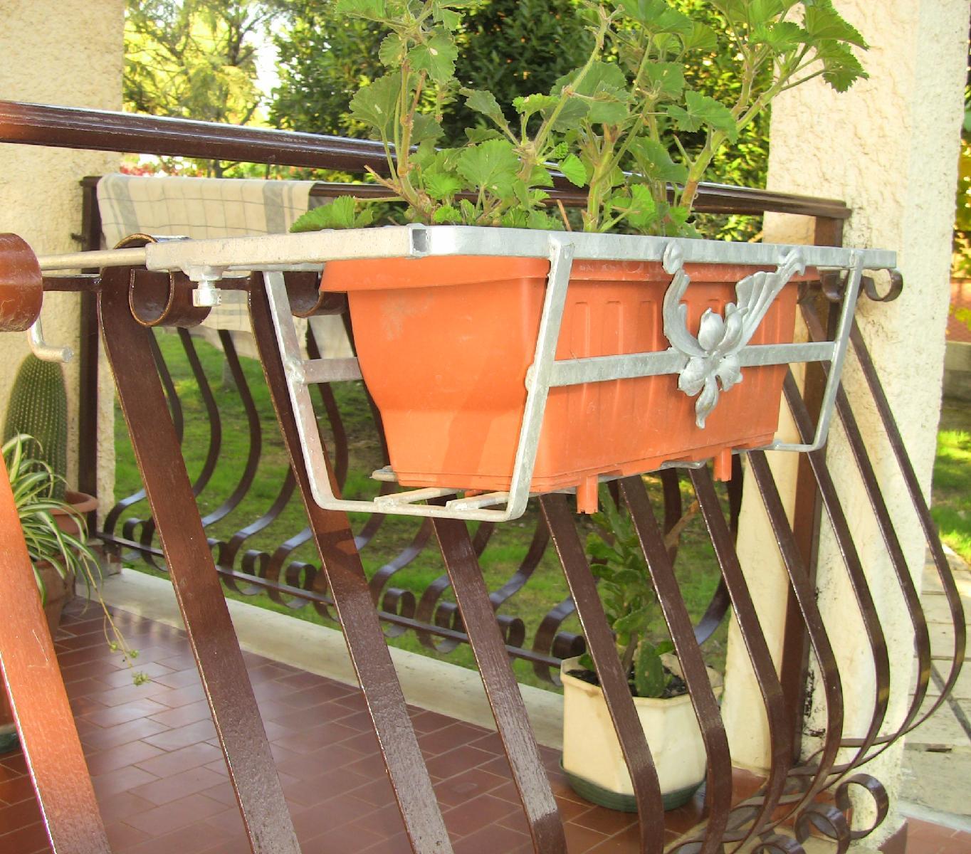 balconiera per ringhera non regolare